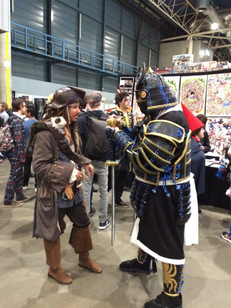 Comic-con Captain Jack Sparrow meets Samurai
